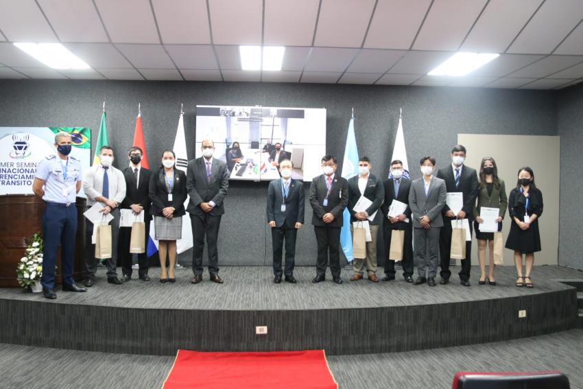 Evento de Apertura de las Actividades en el marco de la Cooperación Triangular entre DINAC, SENAI y KOICA para el Proyecto de Mejoramiento de Capacidades de los Profesionales de Mantenimiento Aeronáutico en Paraguay